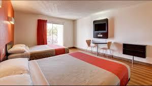 Bedroom Furniture Orange County Ca by Motel 6 Irvine Orange County Airport Hotel In Santa Ana Ca 79