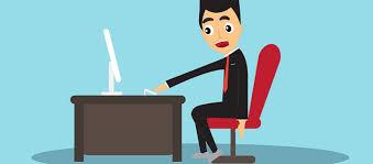 posture au bureau 4 postures à éviter devant l ordinateur au travail recrutons fr