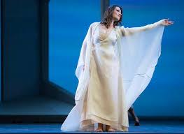 flash orphee et eurydice opens tonight at lyric opera
