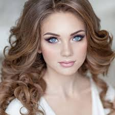 maquillage pour mariage coiffure et maquillage mariage chignon pour mariage cheveux court