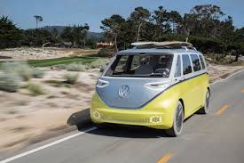volkswagen truck concept volkswagen u0027s futuristic electric campervan is going into production