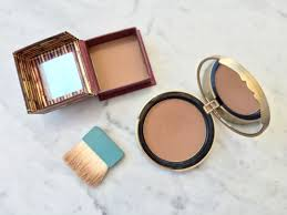 best bronzer for light skin oui emmy battle of the bronzers benefit hoola vs too faced