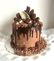 How To Decorate Birthday Cake Drip Cake For The Chocolate Lover Tutorial On How To Make This