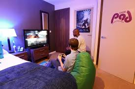 closed a night in the game pad the average gamer