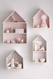 objet deco chambre bebe girlystan 10 objets de déco obligatoires pour la chambre de votre