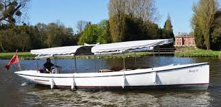 thames river cruise edwardian suzy is one of edwardian style launches for up to 12 pax picture
