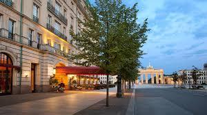 luxury 5 star hotel in berlin hotel adlon kempinski