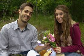 jill duggar and derick dillard share a second trimester pregnancy