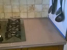 repeindre un plan de travail cuisine peindre le carrelage cuisine mur et plan de travail renover ma