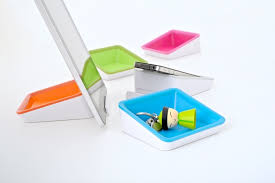 Bluelounge Desk Bluelounge Nest Ipad Stand And Desk Tidy In One Wired