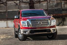 2017 nissan titan 2017 nissan titan half ton in crew cab form priced from 35 975