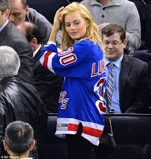 new york rangers fans justin bieber new york rangers jersey