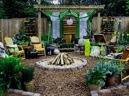 Budget Backyard Landscaping Ideas Backyard Oasis Ideas Backyard Designs For Small Yards Amazing 15