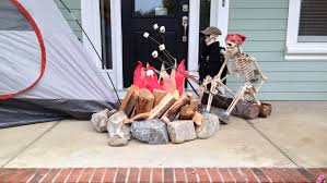 halloween skeleton jokes baxter skeletons u0027 rule halloween south carolina u0027s creative