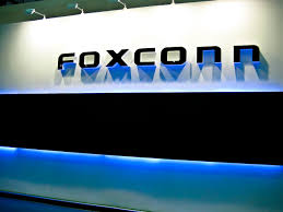 foxconn announces plans to build factory in racine county the