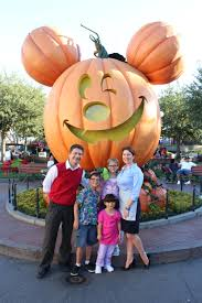 Mickeys Halloween Treat by Mickey U0027s Halloween Party 2017 Is The Biggest And Best Ever