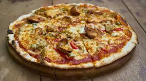 samira cuisine pizza pizza oum walid ملخص طريقة تحضير البيتزا أم وليد