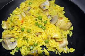 cuisiner des petits pois recette de riz safrané chignon petits pois