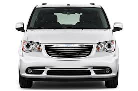 volkswagen minivan 2016 2016 chrysler town u0026 country reviews and rating motor trend