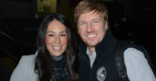 fixer upper u0027 couple under fire for u0027wrong u0027 views on lgbt issues