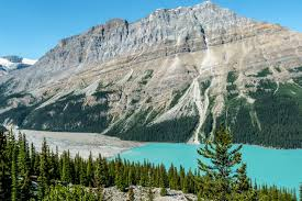 best time to visit banff national park canada