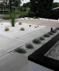 Mid Century Modern Landscaping by Mid Century Modern Front Midcentury Landscape Orange County