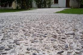 pavimentazione in ghiaia cortile sasso a vista a pordenone progextra soluzioni e