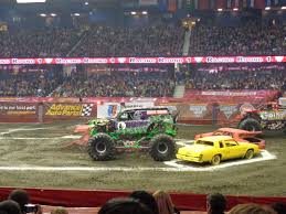monster truck race track review and photos advance auto parts monster jam at allstate