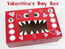 Simple Valentine Box Decorating Ideas by 29 Best Best Shoebox Up Cycle Ideas U0026 Crafts Images On Pinterest