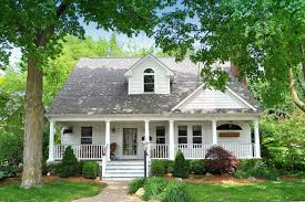 cape cod front porch just sold 1064 william in downtown plymouth 3389 sqft 4 bed 3