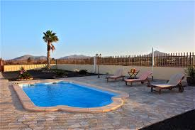large finca holiday house with pool in the south of fuerteventura
