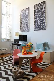 Verwinkeltes Wohnzimmer Einrichten Modern Eames Kids Table And Chair Set Google Search