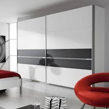 armoire design chambre armoire chambre portes coulissantes illustration que vraiment chic