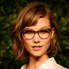 more pics of karlie kloss bob 18 of 18 short hairstyles karlie kloss pictures of celebrities with bob haircuts popsugar