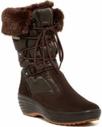 ugg sale hautelook tis the season for savings on pajar faux fur lined boot at