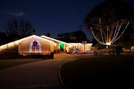 palos verdes christmas lights palos verdes homes decorated for the holiday palos verdes source