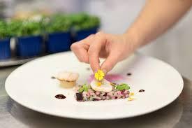 cours de cuisine martin martin ouvre ses ateliers dans les cuisines du grand véfour des