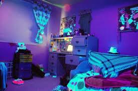 blacklight bedroom blacklight bedroom stephanie crafton everett new housey