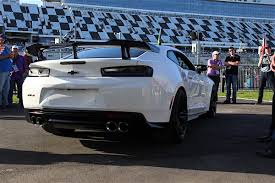 breaking chevrolet unveils camaro zl1 1le camaro u0027s of michigan