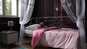 chambres conforama style catalogue bois lit avec princesse sommier reine baldaquin