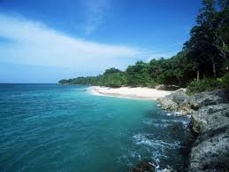 where is the black sand beach 100 where is the black sand beach harwards in hawaii better