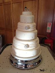 5 tier wedding cake t cakes 5 tier wedding cake