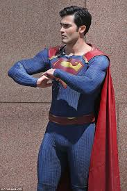 tyler hoechlin superman debut cw u0027s supergirl daily