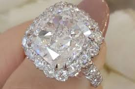 beautiful diamond rings images The best biggest most beautiful engagement rings on ebay ebay jpg