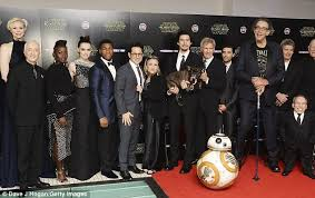 Seeking Episode 8 Cast The Entire Wars The Awakens Cast To Return For Episode