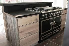 cuisine avec piano central piano fourneaux la cornue cuisiniste bretagne haut de gamme sur