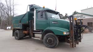 volvo truck 2004 plow truck for sale