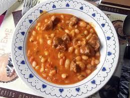 comment cuisiner des haricots blancs recette de mijoté de boeuf haricots blancs a la tomate