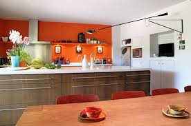 idée deco cuisine orange et marron decoration