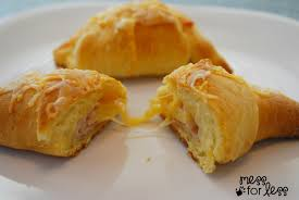 thanksgiving roll recipe turkey and cheese crescent roll recipe mess for less